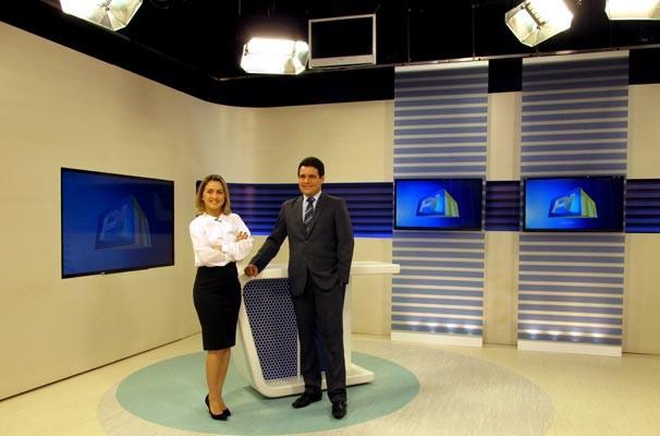 Piauí TV 1ª Edição ganhou um ambiente amplo, mais iluminado e mais tecnologia  (Foto: Katylenin França/TV Clube)