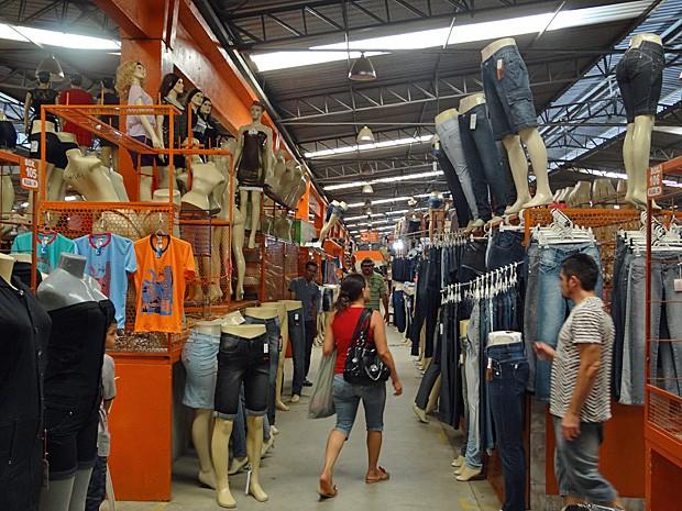 Vendas voltaram ao normal no Moda Center em Santa Cruz do Capibaribe; produtos melhoraram de qualidade, afirma comerciantes. (Foto: Katherine Coutinho / G1)