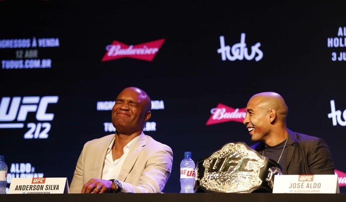 Anderson Silva José Aldo coletiva UFC Rio 8 (Foto: Marcelo de Jesus)