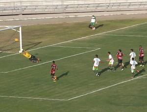 Campinense x Baraúnas, no Estádio Amigão (Foto: Reprodução / TV Paraíba)