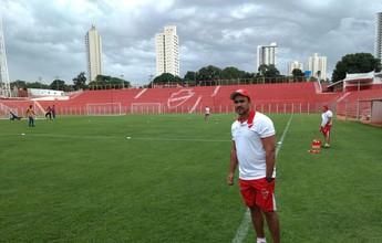 Com Mazola Júnior suspenso, auxiliar comanda Vila Nova contra o Anápolis