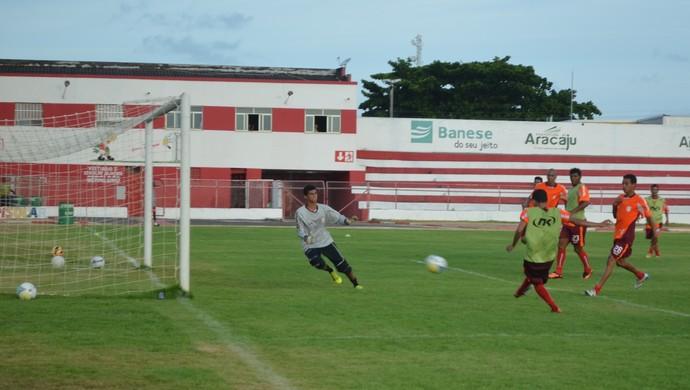 Sergipe treino (Foto: Osmar Rios)