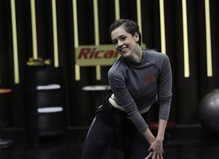 Sophia Abrahão arrisca passinhos de funk no primeiro dia de ensaio do 'Dança dos Famosos'