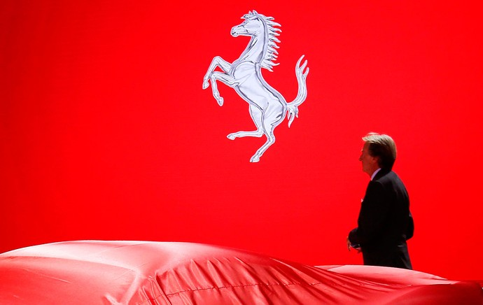 Luca Di Montezemolo ferrari salão de Frankfurt (Foto: Agência AFP)