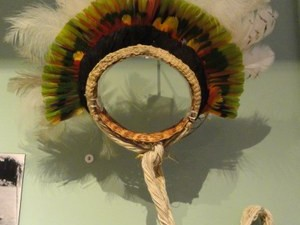 Indígena fazia o artesanato para se sustentar longe da aldeia onde vivia.  (Foto: Divulgação/MPF)