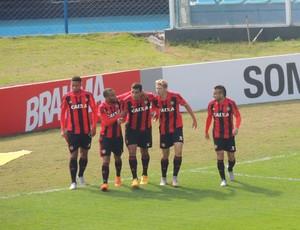 Gol do Sport contra o Avaí (Foto: Lucas Liausu)
