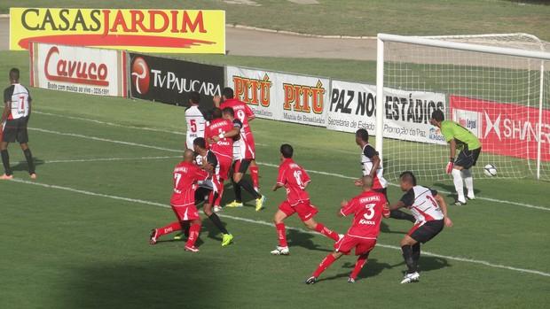 CRB x Corinthians-AL, Campeonato Alagoano 2013 (Foto: Viviane Leão/Globoesporte.com)