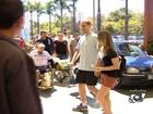 Vídeo mostra chegada de Pedro Leonardo a clínica de reabilitação