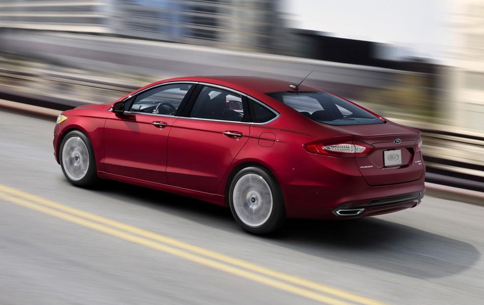Ford Fusion também entra no recall por defeito no trinco das portas (Foto: Divulgação)