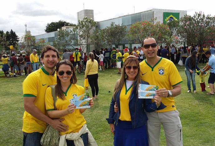 torcida brasil hotel Brasília  (Foto: Márcio Iannacca )