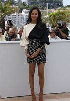 Zoe Saldana e Marion Cotillard deixam pernas à mostra em Cannes