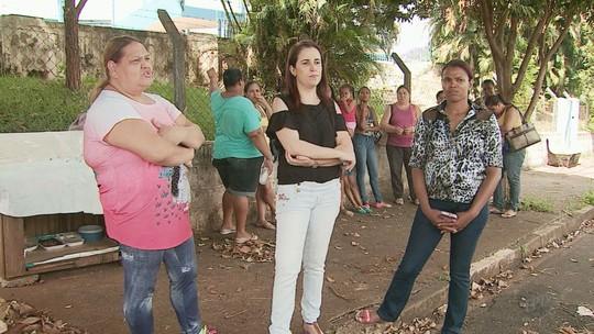 Drama de deficiente abandonado por familiares comove mães em Ribeirão