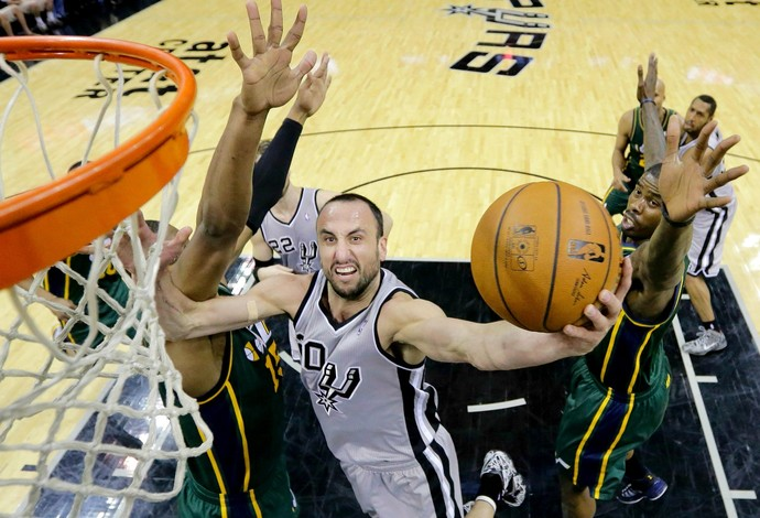 Manu Ginóbili, San Antonio Spurs x Utah Jazz NBA (Foto: Agência AP)