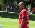 Galvão Bueno critica atitude de Walter de abandonar banco de reservas