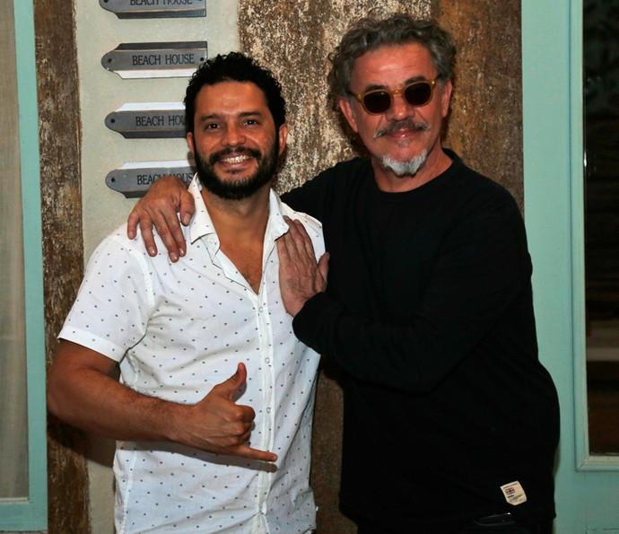 Jean Pierre Noher e Felipe Mago posam lado a lado (Foto: Raphael Dias / Gshow)