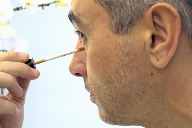 Maquiagem para homem (Foto: Daphne Ruivo)
