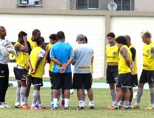 jogadores no treino do Botafogo (Foto: Fred Huber / Globoesporte.com)