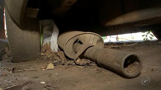 Carros abandonados em Tatuí trazem risco por segurança, dengue e dão até prejuízo