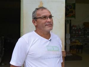 Presidente da Cooperativa Agro Extrativista de Xapuri acredita que 98% dos moradores da Reserva criam gado (Foto: Yuri Marcel/G1)