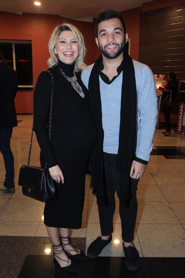 Antônia Fontenelle e Jonathan Costa (Foto: Marcello Sá Barreto/Ag.News)