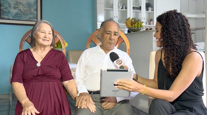 Eles continuam modernos respondendo perguntas pelo tablet (Foto: Divulgação / TV Gazeta ES)