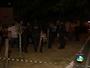 Suspeitos que invadiram restaurante e fizeram reféns se entregam