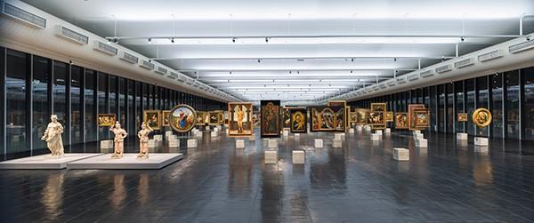 Cavaletes do museu (Foto: Eduardo Ortega )