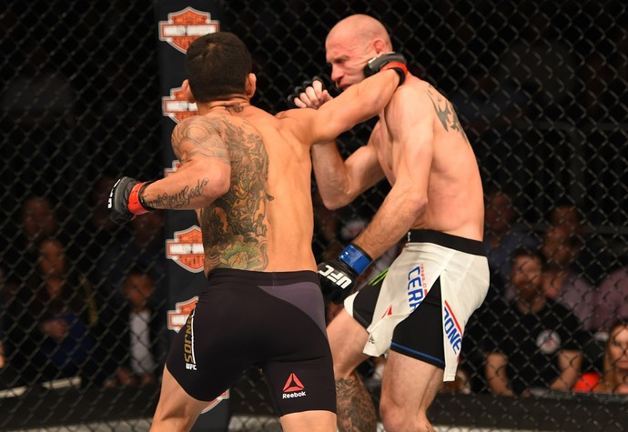 Rafael dos Anjos x Donald Cerrone UFC Orlando (Foto: Getty Images)