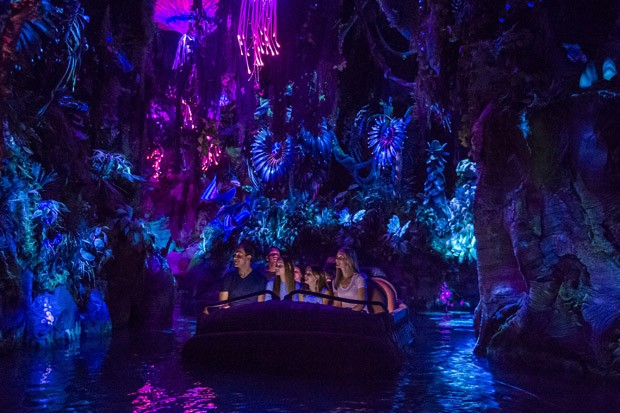 LAKE BUENA VISTA, FL - MAY 24: In this handout photo provided by Disney Resorts, a view of the new Pandora: World of Avatar attraction inside Disneys Animal Kingdom during the dedication ceremony on May 24, 2017 at Disneys Animal Kingdom inside the Walt D (Foto: Getty Images)