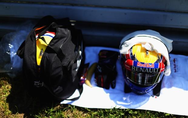 Webber se prepara para aposentar o capacete e as luvas da Fórmula 1 (Foto: Getty Images)