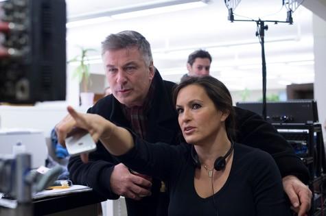 """Mariska Hargitay, atriz de """"Law & order: SVU"""", estreou como diretora num episódio com a participação de Alec Baldwin (Foto: Divulgação)"""