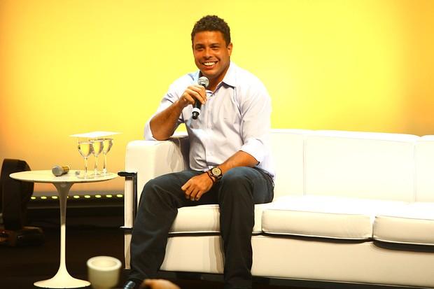 Ronaldo em evento em São Paulo (Foto: Iwi Onodera / EGO)