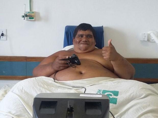 Carlos Antônio Freitas foi internado no Hospital das Clínicas, na UFPE, nesta quinta-feira (Foto: Reprodução / Enviada por WhatsApp)