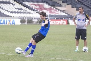 dagoberto, treino, vasco (Foto: Paulo Fernandes/Vasco.com.br)