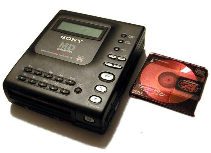 O MiniDisc Walkman, da Sony (Foto: Wikimedia Commons)