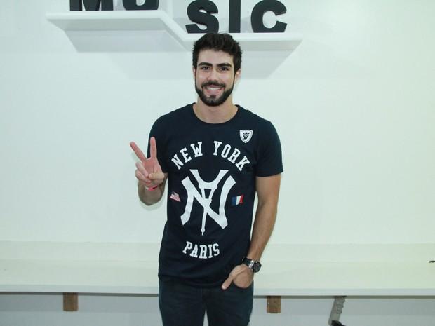 Ex-BBB Juliano Laham em show na Zona Oeste do Rio (Foto: Graça Paes/ Brazil News)
