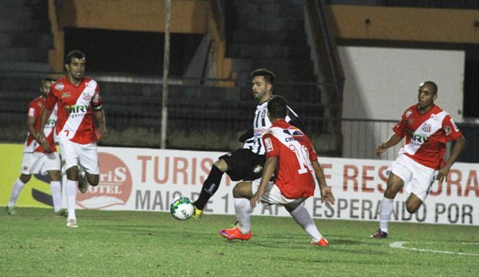 Destaque do Ceilândia, Filipe Cirne sofreu com lesões na temporada de 2016 (Foto: Divulgação / Ceilândia EC)
