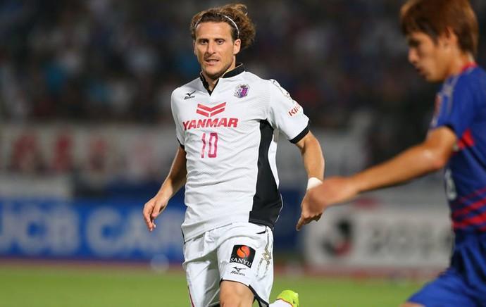 Forlán Osaka FC (Foto: Reprodução/ Facebook)
