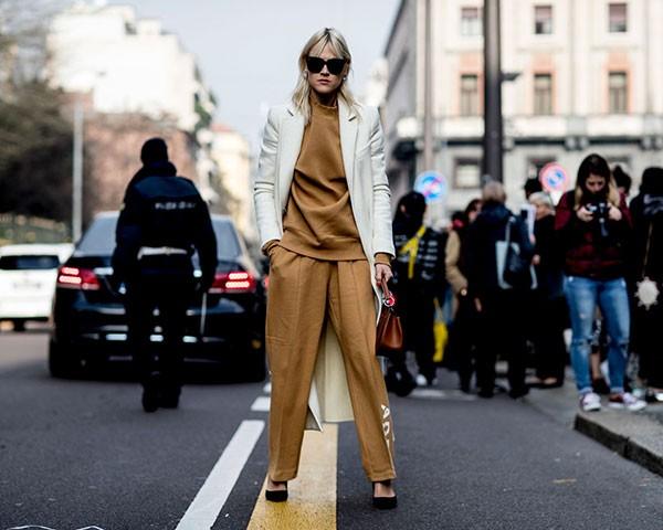 O look minimalista é um queridinho na moda (Foto: Imaxtree)