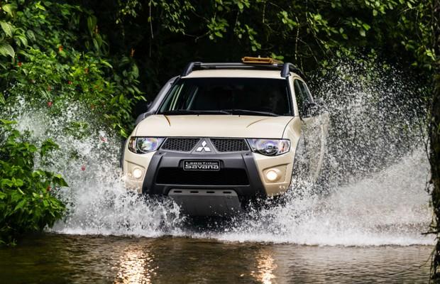 Mitsubishi L200 Triton Savana 20 Anos Motorsports (Foto: Divulgação)