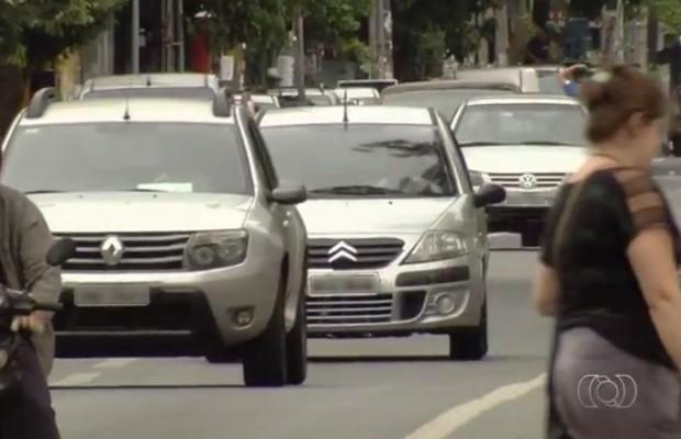 Prefeitura quer reduzir velocidade máxima do centro a 40km/h, em Goiânia (Foto: Reprodução/TV Anhnaguera)