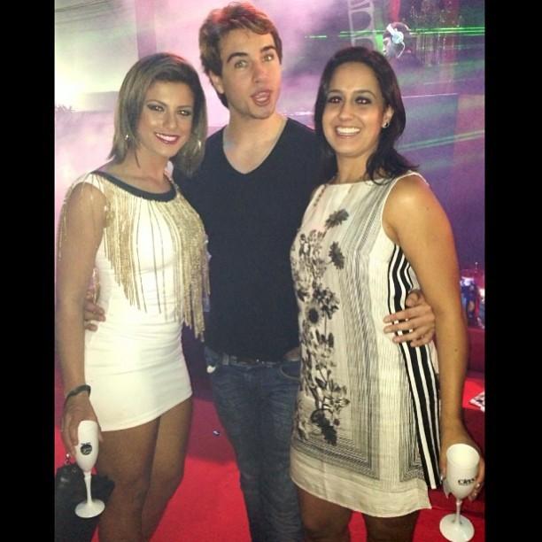 Babi Rossi se declara para Olin Batista e amiga (Foto: Reprodução Instagram)