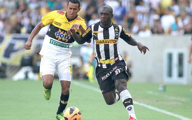 Seedorf jogo Botafogo e Criciúma (Foto: Vitor Silva / SS Press)