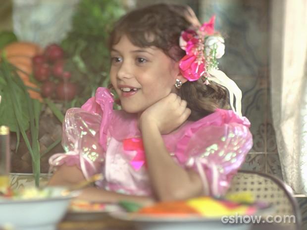Pituca pede que a mãe adote logo o amiguinho (Foto: Meu Pedacinho de Chão/TV Globo)