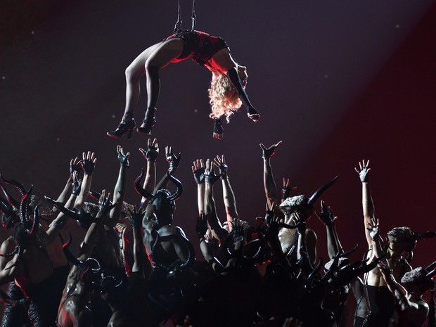 Madonna no Grammy 2015 (Foto: John Shearer/AP)
