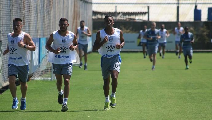 pré-temporada ramiro pedro rocha kaio grupo elenco Grêmio (Foto: Eduardo Moura/Globoesporte.com)