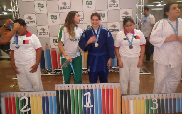 Judoca  paraibana Jullyane de Farias faturou o bronze nas Paralimpíadas Escolares (Foto: Divulgação / Secom-PB)