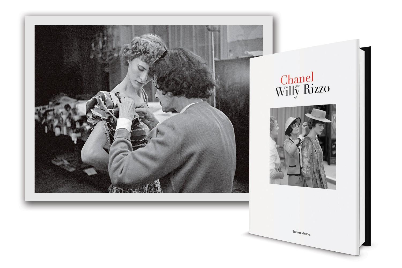 Acertando detalhes para seu comeback, em 1954. E, ao lado, o livro. (Foto: Divulgação)