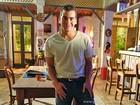 Arrebentando em shows solo, Thiago Martins lembra de cena com sua música