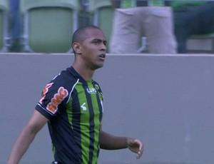 Leandro Silva, lateral-direito do América-MG (Foto: Reprodução / Premiere FC)